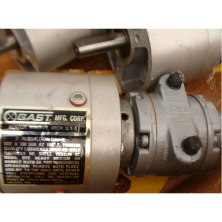 GAST 1 UP-NRV-4-GR11 AIR MOTOR - MotionSurplus